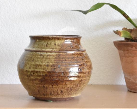 earth tone brown stoneware vase flower pot / vessel / pottery