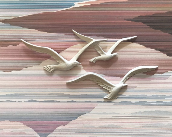 vintage white seagull figurines | flying birds wall art