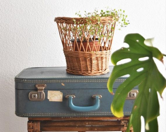 woven wicker planter basket | waste basket