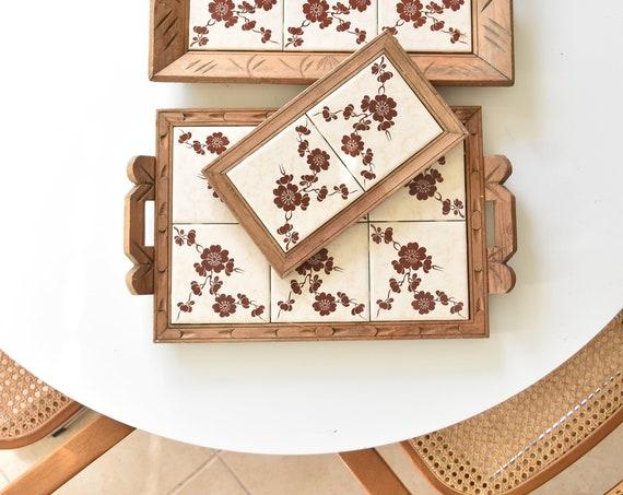 white large set of 3 carved wood flower tile serving tray trivets / hot plates