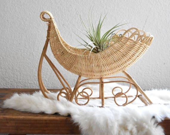 woven wicker christmas sleigh sled basket / santa's reindeer sleigh gift box