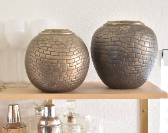 unique mid century modern crocodile brass flower vase pots | decorative etched display vases