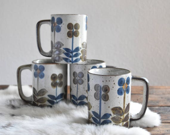 set of 4 matching speckled hand painted flower stoneware coffee mugs