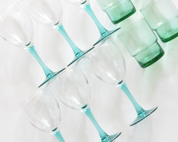set of 6 turquoise blue glass stemware champagne glasses / teal colored gift barware