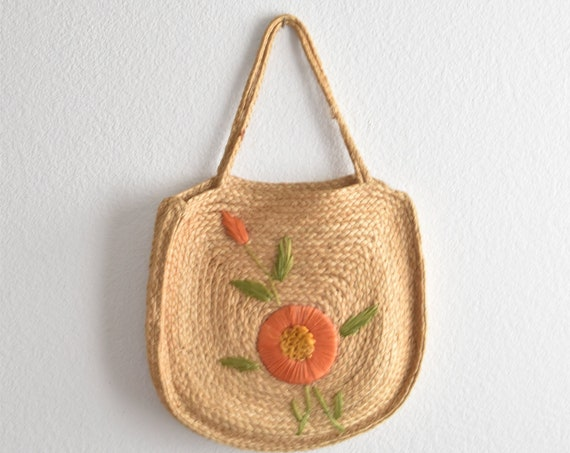 vintage woven straw shoulder purse with orange flowers | boho travel beach bag
