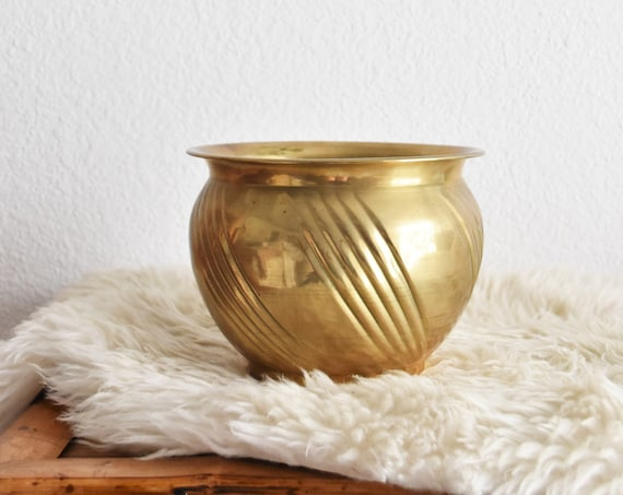 small decorative tapered indoor brass planter with swirl pattern | hollywood regency flower pot