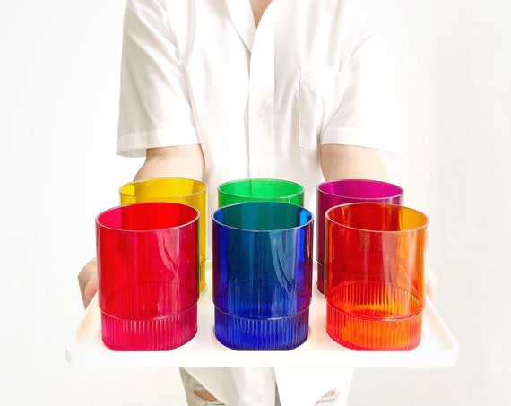retro rainbow plastic coffee cup mug set | melmac cups