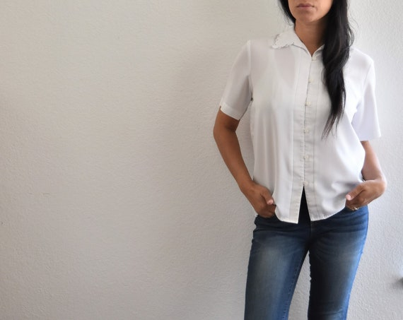 women's vintage loose white button up secretary shirt blouse | medium size