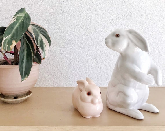 mid century pink ceramic bunny rabbit cotton ball container / bathroom storage