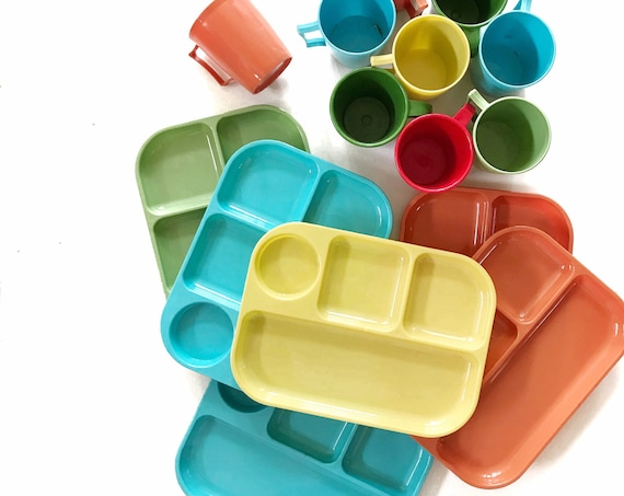 colored retro plastic melmac melamine plastic tray and cup set / summer camping dinnerware drinking set