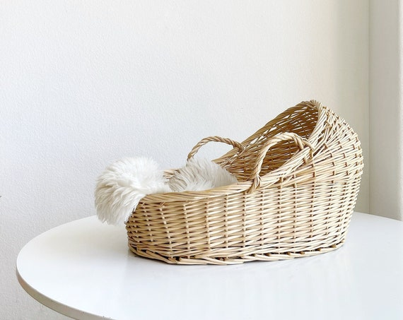 vintage woven wicker baby moses cradle basket with handles | doll basket