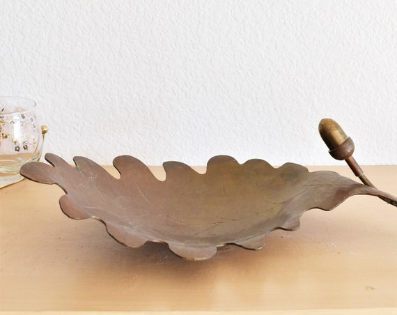 solid brass large acorn leaf bowl table centerpiece display | thanksgiving dinner decor