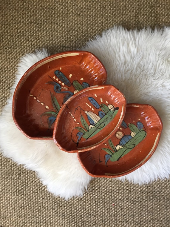 vintage nesting set of mexican pottery clay nesting bowls / terra cotta
