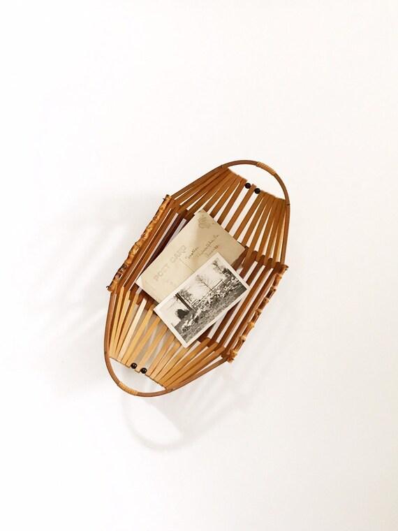 mid century beaded wooden geometric bamboo basket / wall hanging basket / 1 basket