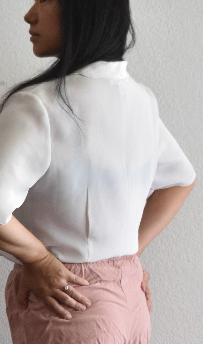 women/'s vintage loose white button up secretary shirt blouse