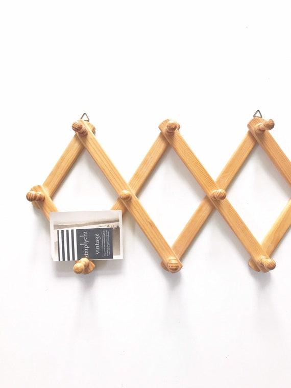 regular size wood accordion peg wall hanging rack / hat display storage organizer