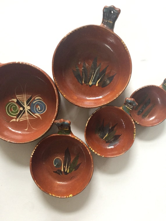 large set of hand painted terra cotta clay mexican style bowls with handle // display storage