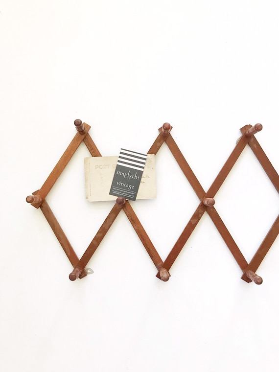 regular size rustic wood accordion peg wall hanging rack / hat jewelry display storage organizer