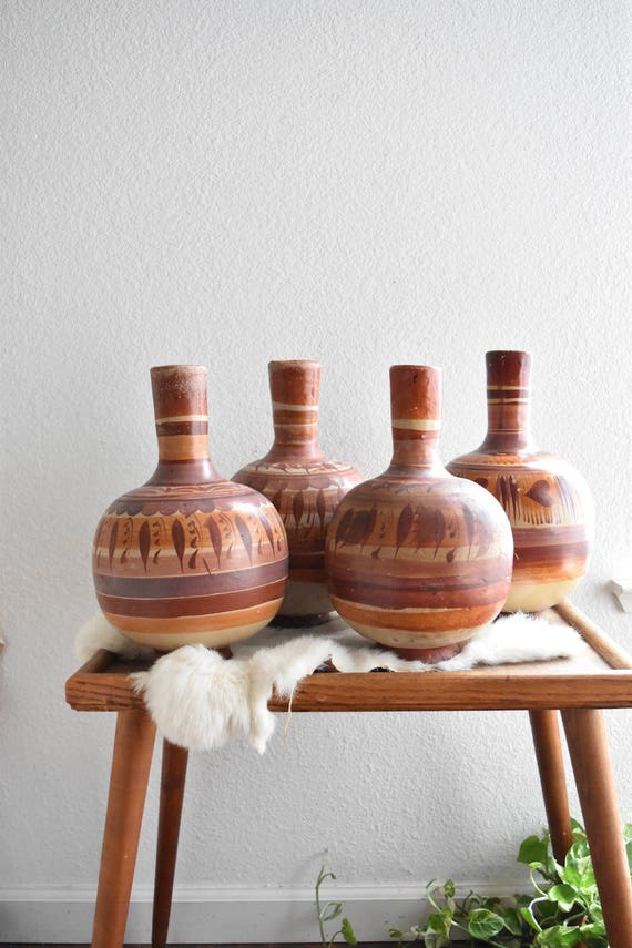vintage hand painted mexican clay pottery / vessel / vase / water jug