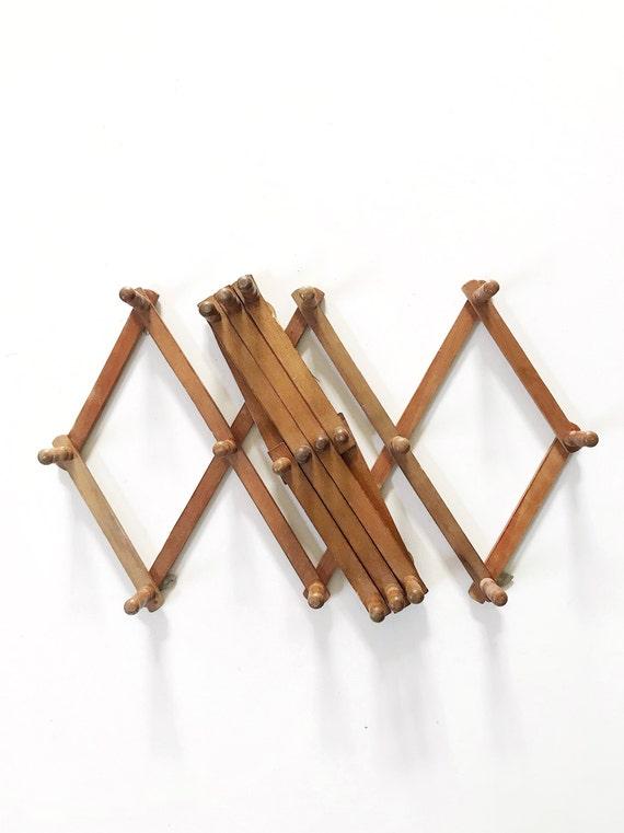 regular size rustic wood accordion peg wall hanging rack / hat jewelry display storage organizer