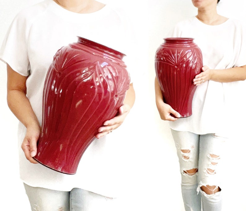 large art deco red burgundy 1980s glass flower vase  floral image 0