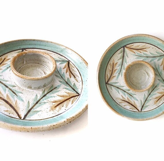 green turquoise glazed stoneware chips and salsa round tray platter / appetizer plate / floral pattern