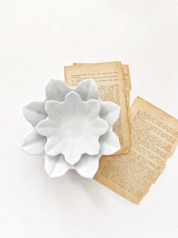 vintage nesting white lotus flower bowls // stacking ceramic bowls // set of 2
