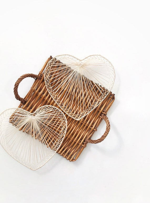 18 inch large size woven straw heart wall art / love wall hanging basket