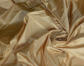 Fine Indian Silk Taffeta in pale peach-yellow, Fat quarter -TF 105
