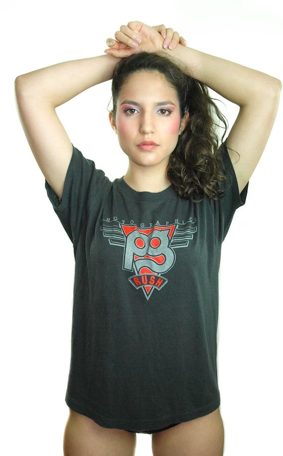 Vintage RUSH shirt 1980s Concert shirt Band Tee Qu