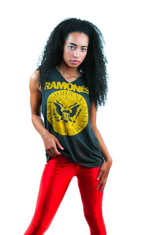 Vintage RAMONES Shirt 1980s Distressed Punk Tee Pu