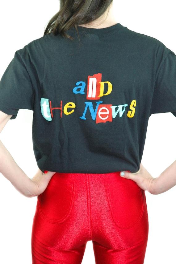 Vintage Huey Lewis shirt Concert shirt Band tee 1… - image 2