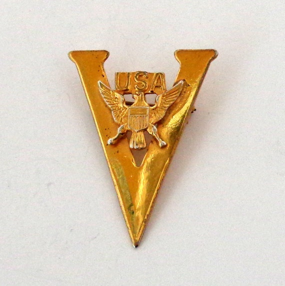 WWII Victory Pin V for Victory Gold Plated Sterlin
