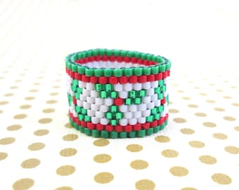 Christmas Holly Seed Bead Ring - Holiday peyote beaded ring in red green and white