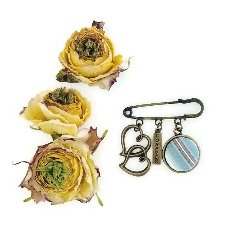 Charm Boutonniere with Custom Pendant using Your Loved Ones image 0