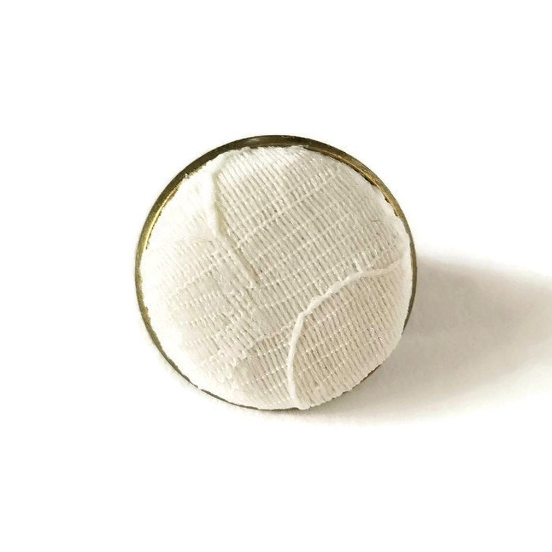 Ivory Lace Boutonniere Small Mens Lapel Pin Simple Wedding image 0