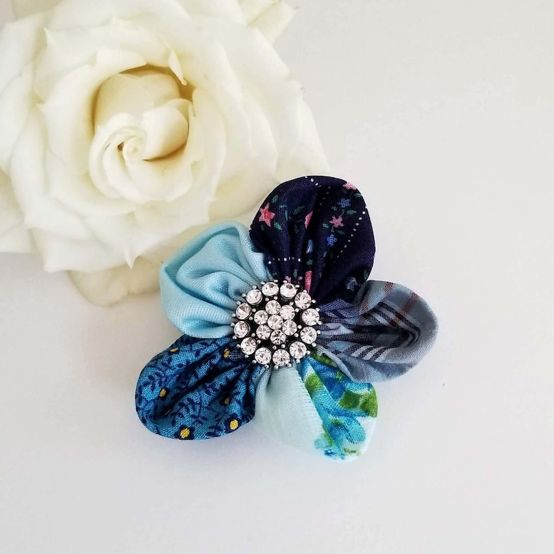 Something Blue Forget Me Not Wedding Lapel Pin image 0