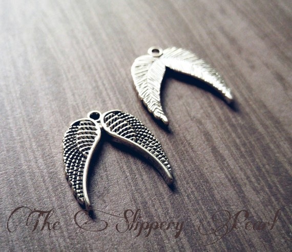 BULK Charms Angel Wing Charms 17mm Antiqued Silver Wholesale Charms 100 pieces