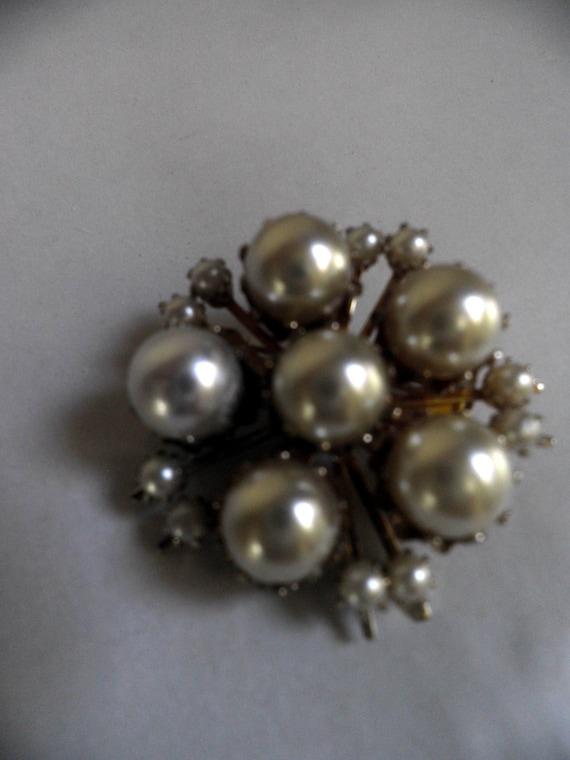 Pearl Brooch, CORO vintage - image 5