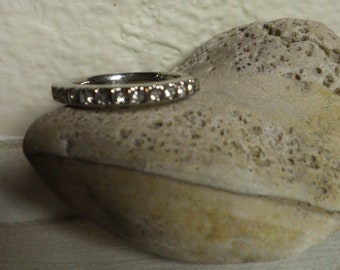 vintage silver and Rhinestones ring, size 9