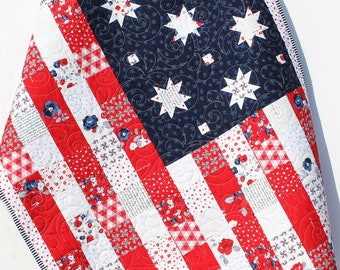 American Flag Quilt Faux Patchwork Home Decor Patriotic USA United States of America Red White Blue Small Table Decor Land of Liberty