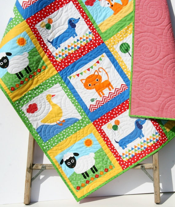 baby quilt tiere dackel decke handgearbeitete patchwork etsy. Black Bedroom Furniture Sets. Home Design Ideas