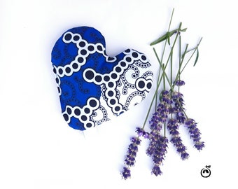 Lavender sachet - My Heart Lavender Large - Lavender filled heart shaped sachet in African fabrics Lavender heart Heart sachet