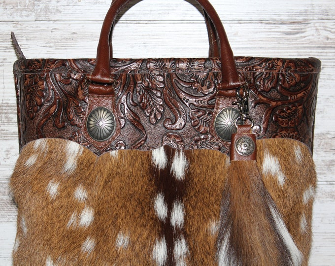 Axis Deer Hide Ladies Purse with Axis Tail Key Ring