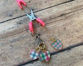 Plaid Hearts & Mini Scissors