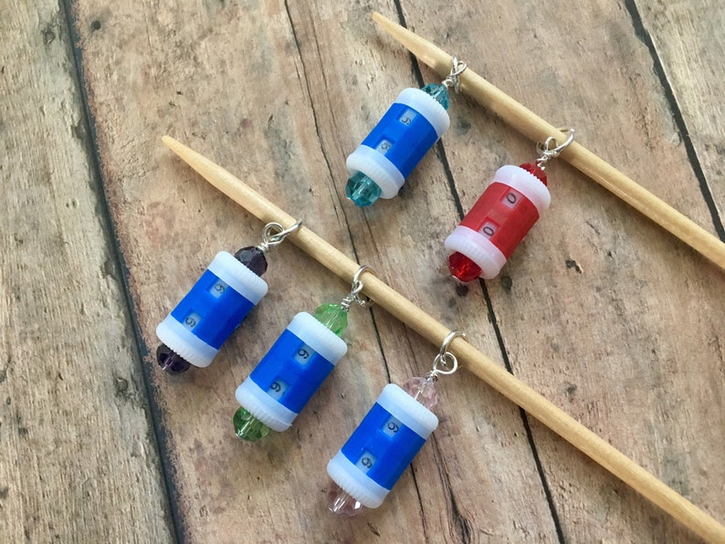 Beaded Row Counter Stitch Marker for Knitting or Crochet image 0