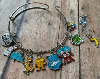 Dr Seuss Stitch Marker Bracelet, set of knitting markers, Grinch, Cat in the Hat, Horton Hears a Who