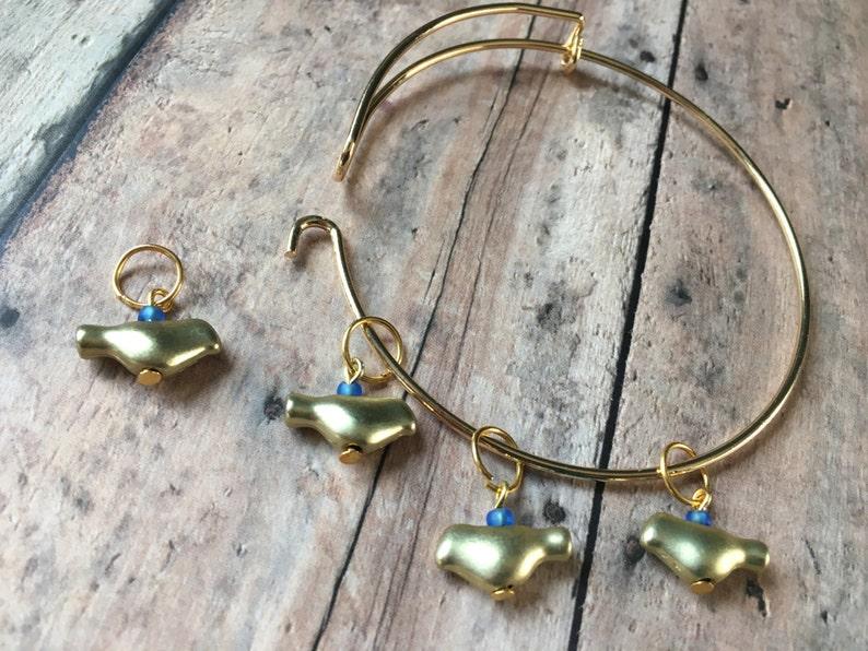 Stitch Marker Bracelet  set of 4 gold birds for your knitting image 0