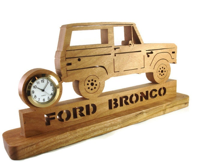 Bronco Rock Crawler Desk Clock Handmade From Cherry Lumber