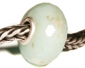 Gemstones by Anne Meiborg - Artisan europian charm bead -  small core - BHB - Green Chalcedony - 10874